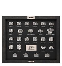Bild Nikon 100th Anniversary Pin Collection